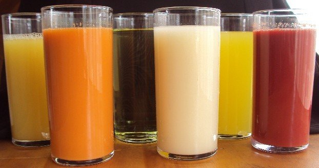<p><b>Different juices</b></p>      <p>(c) Su Kahumbu, Kenya</p>
